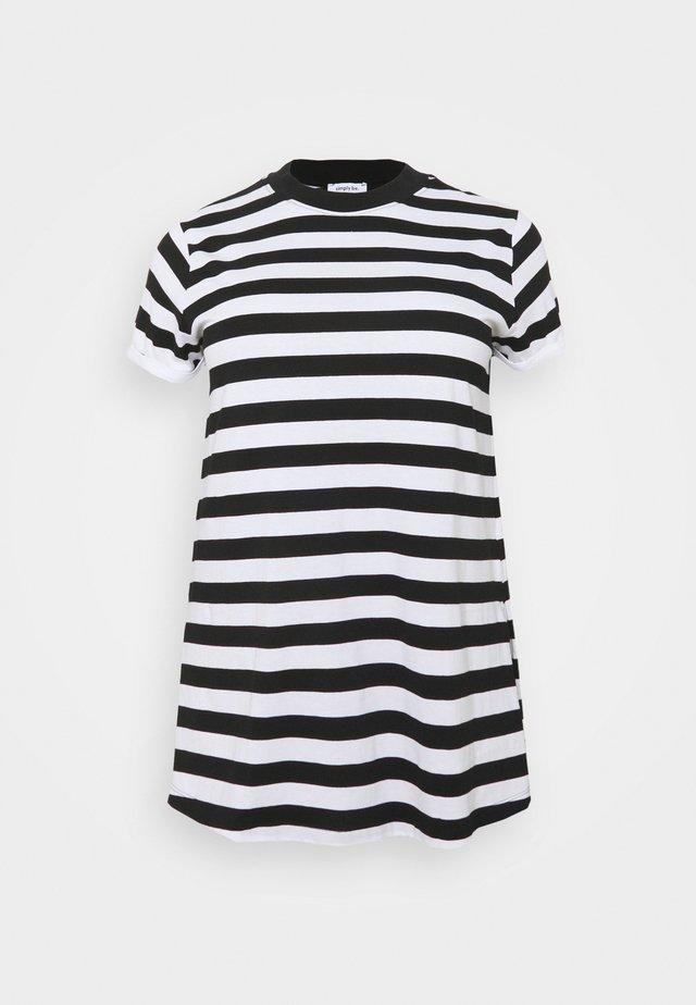 HIGH NECK SPLIT SIDE - Print T-shirt - black