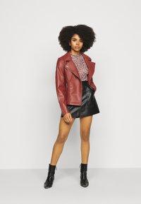ONLY Petite - ONLMELISA BIKER - Faux leather jacket - red ochre - 1