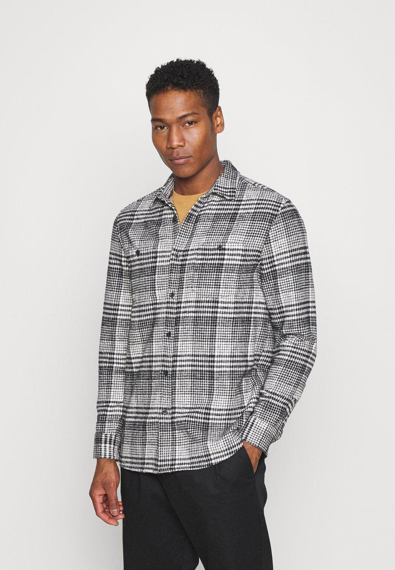 Topman - MONO CHECK SMALL SCALE - Shirt - black