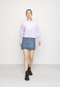 Puma - ICONIC CROPPED CREW - Sweater - light lavender - 1
