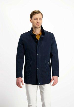 Pitkä takki - blau