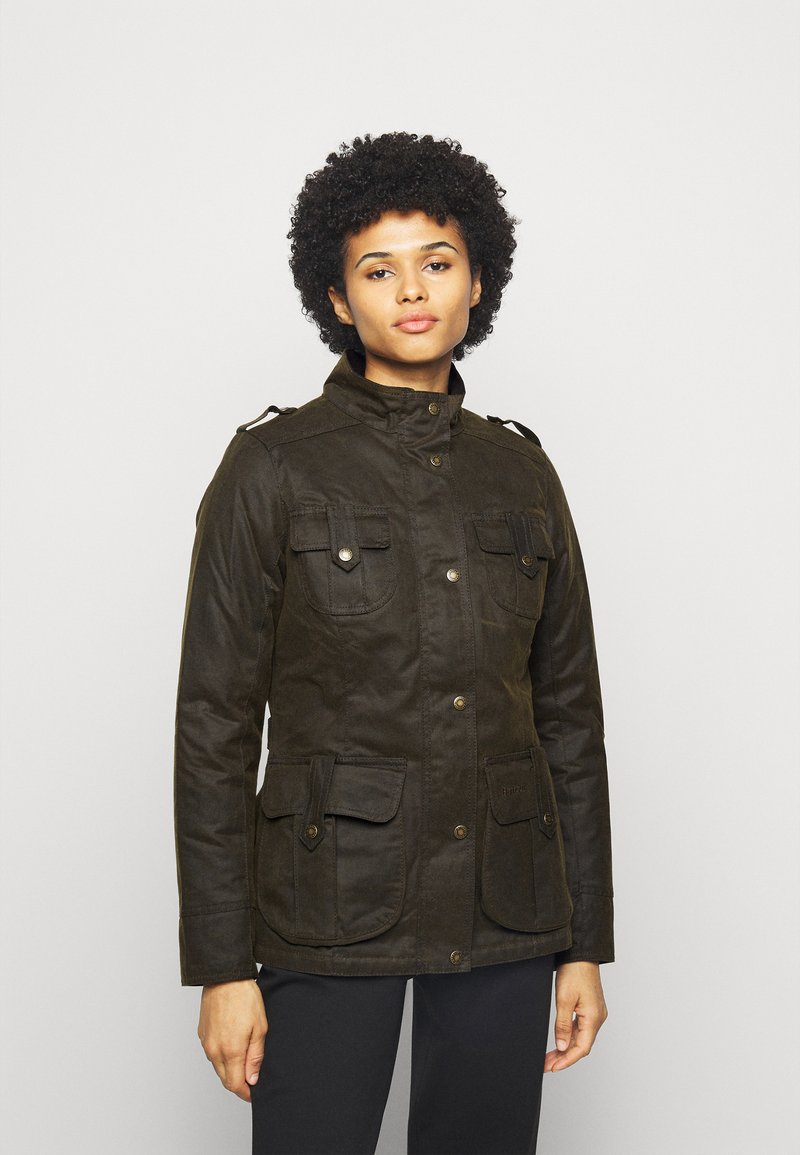 Barbour - WINTER DEFENCE - Winter jacket - olive/classic