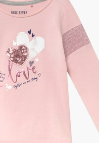 Blue Seven - KIDS SEQUIN LOVE HEART - Top s dlouhým rukávem - rosa - 3