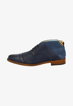 Sportieve veterschoenen - blue