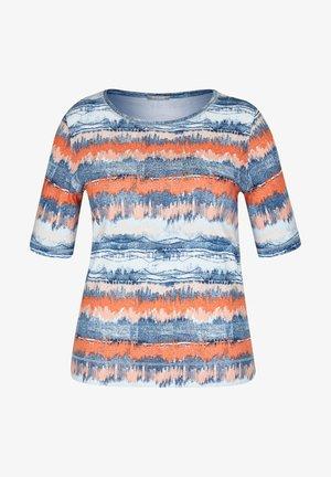 MIT GESTREIFTEM BATIKDRUCK UND STRASS-STEINEN - Print T-shirt - blau