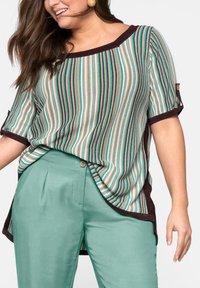Sheego - Print T-shirt - green - 3