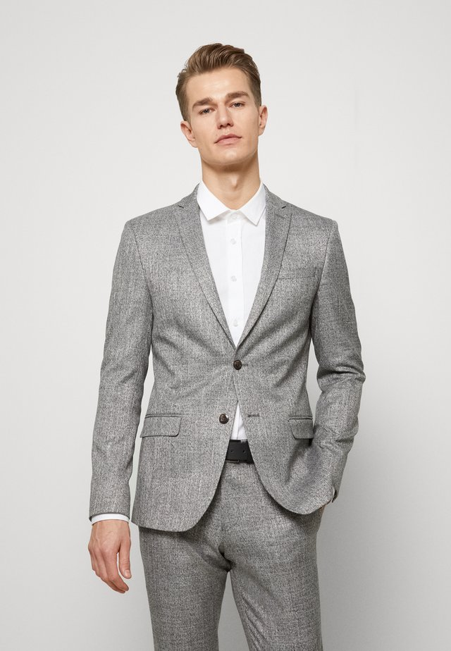 HIGH TWIST STRUCTURE SUIT - Puku - grey