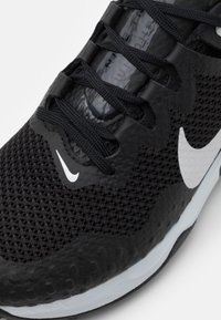 Nike Performance - WILDHORSE 7 - Løpesko for mark - black/pure platinum/anthracite - 5