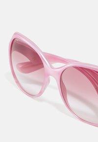 Dolce&Gabbana - Solglasögon - pearl pink pastel - 4
