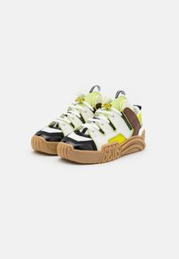 GCDS - RETRO - Trainers - white/beige/neon yellow - 1