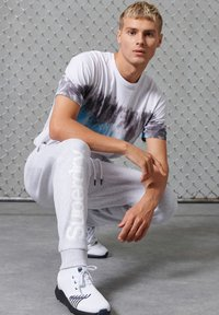 Superdry - Tracksuit bottoms - ice marl - 2