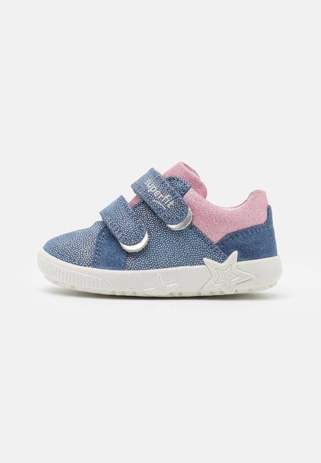STARLIGHT - Baby shoes - blau/rosa