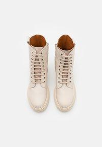 Bianca Di - Platform ankle boots - avorio - 5