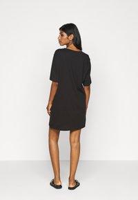 Even&Odd Petite - 2 PACK - Žerzejové šaty - black/dark grey - 3