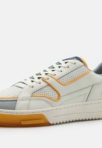 Scotch & Soda - NEW CUP - Sneakers - white - 5