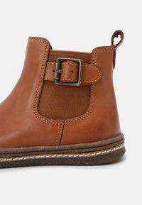 Friboo - LEATHER BOOTIES - Kotníkové boty - cognac - 6