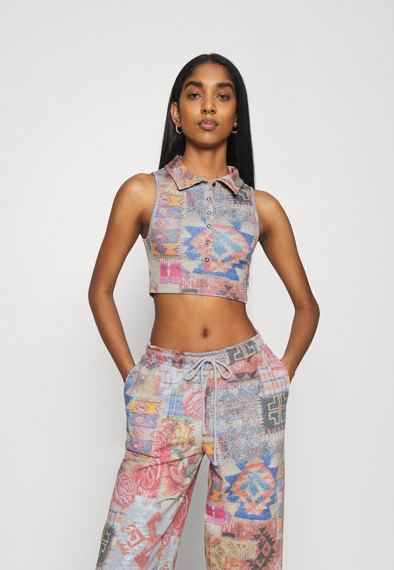 Jaded London - HALTER TOP WITH POPPER FASTENING PATCHWORK PRINT - Topper - multi