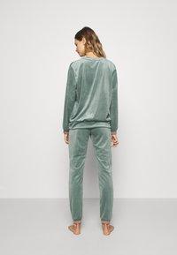 Hunkemöller - Haut de pyjama - balsam green - 2