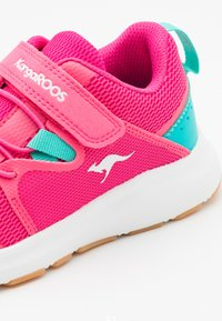 KangaROOS - KB-RACE - Trainers - daisy pink/turquoise - 5