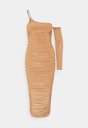 ONE SLEEVE SIDE RUCHED DRESS - Day dress - camel