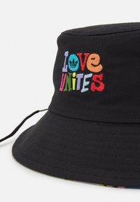 adidas Originals - BUCKET HAT UNISEX - Hat - black - 3