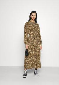 Colourful Rebel - KERA LEOPARD SHIRT DRESS BROWN - Blousejurk - brown - 1