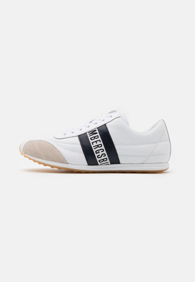 BARTHEL - Sneakersy niskie - white/navy