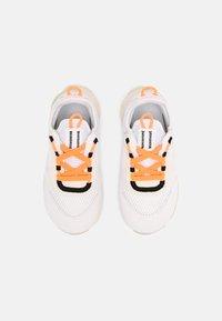 Nike Sportswear - RT LIVE UNISEX - Sneakers laag - atomic orange/white sail/light armory blue - 3