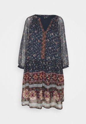 VMBOHEMEA SHORT DRESS - Denní šaty - night sky