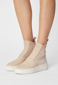 Copenhagen - CPH113  - Platform ankle boots - stone - 0