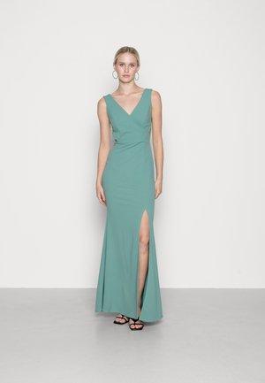 KATY CUT OUT MAXI DRESS - Společenské šaty - sage green