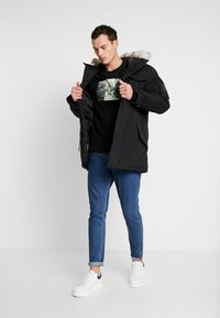 Timberland - NORDIC EDGE EXPEDITION - Zimní kabát - black - 1
