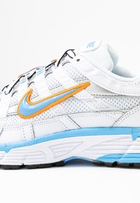 Nike Sportswear - P-6000 - Trainers - white/university blue/metallic silver - 2