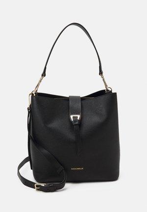 ALBA HOBO BAG - Håndtasker - noir