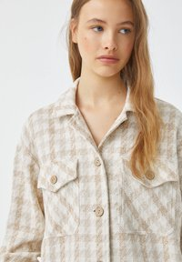 PULL&BEAR - Button-down blouse - sand - 3