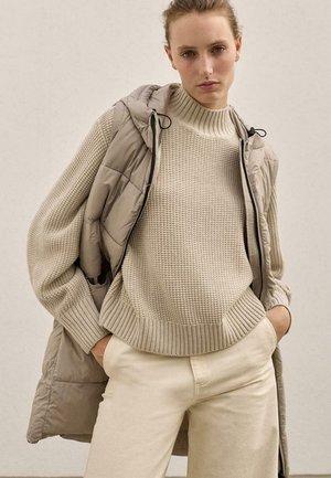 MARANGU VEST WOMAN - Abrigo corto - blanco