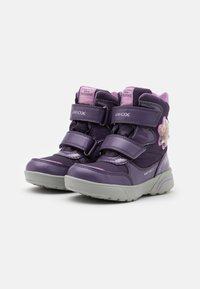 Geox - DISNEY FROZEN SVEGGEN GIRL ABX  - Winter boots - dark violet/mauve - 1