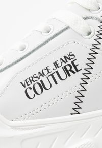 Versace Jeans Couture - LINEA FONDO SPEED  - Sneaker low - white - 2