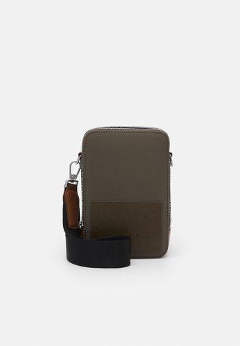 BAG XBODY UNISEX - Across body bag - khaki