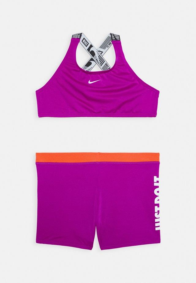 CROSSBACK SPORT SET - Bikiny - vivid purple