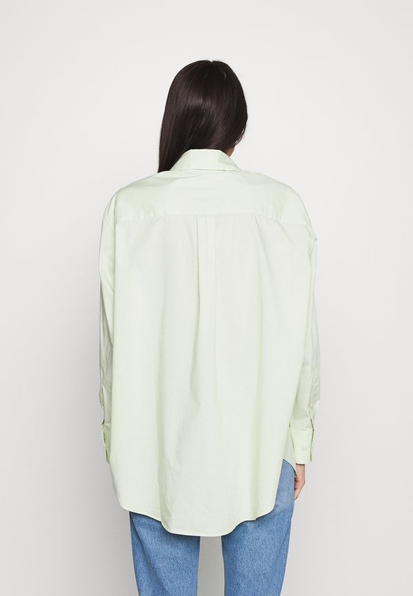 Weekday EDYN - Koszula - green/zielony XAMW