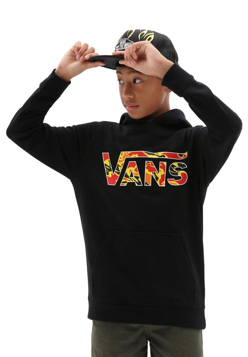 Vans - BY VANS CLASSIC PO HOODIE FT BOYS - Hoodie - black flame camo