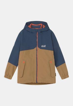 ICELAND 2-IN-1 - Hardshell jacket - walnut brown