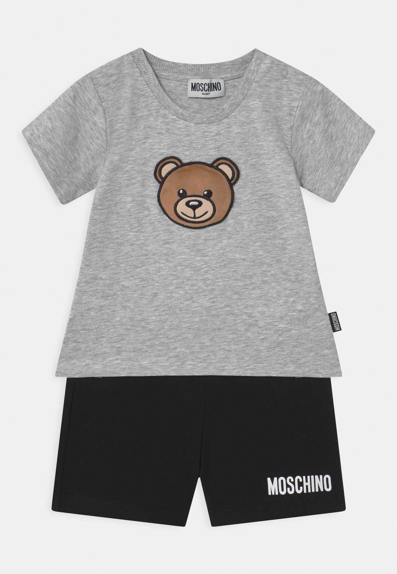 MOSCHINO - SET UNISEX - Shorts - grey/black