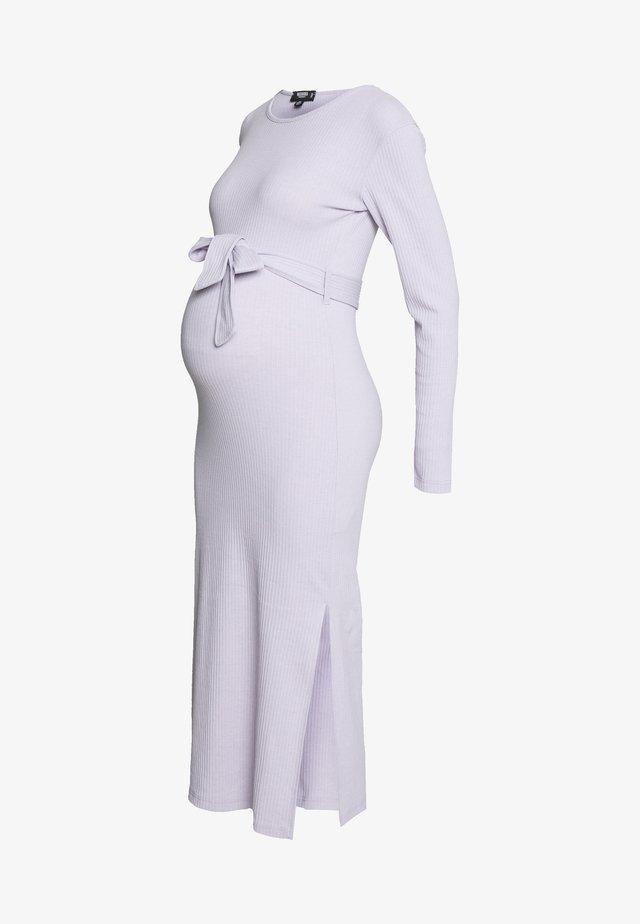 SOFT SPLIT SIDE BELTED DRESS - Robe en jersey - lilac