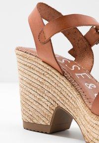 Musse & Cloud - ERA - Sandály na vysokém podpatku - tan - 2