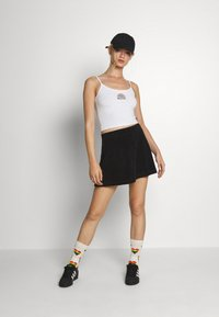Hollister Co. - PRIDE CROP BABY CAMI - Top - white - 1