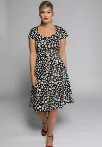 Ulla Popken - Day dress - schwarz - 0