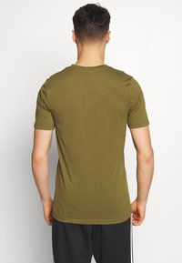 Jack & Jones Performance - JCOZSS TEE - Basic T-shirt - winter moss - 2