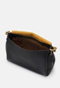 Coach - MAY SHOULDER BAG - Handbag - black - 3